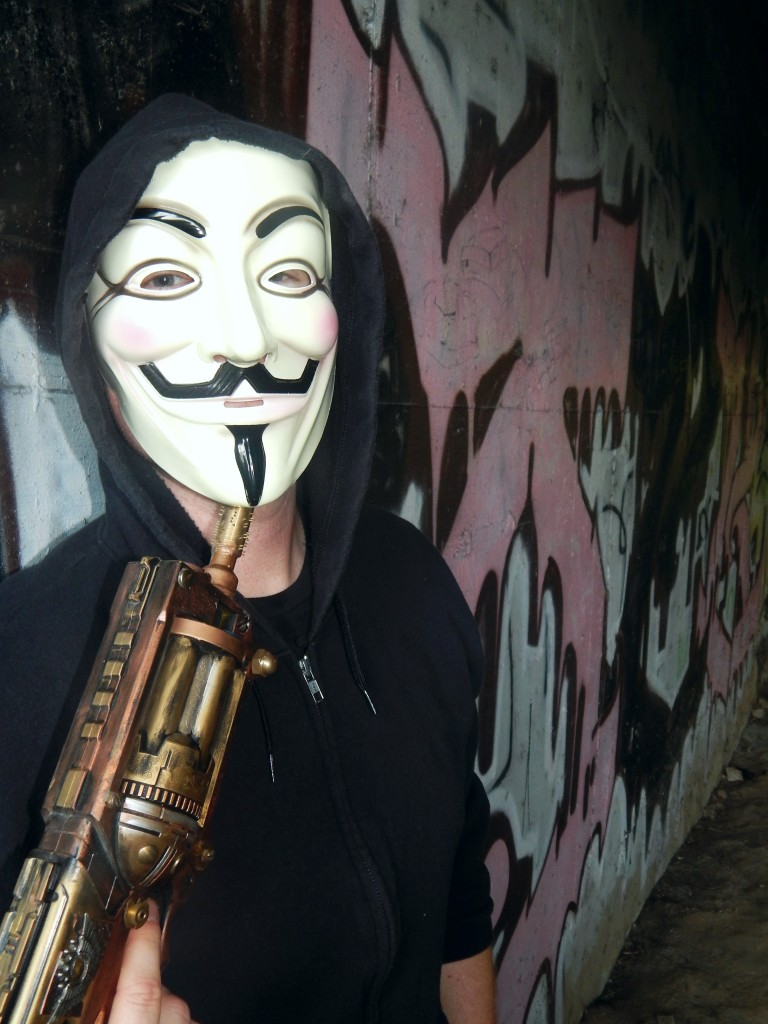fox-other-mask-with-gun